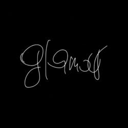 GLAMOUR | BLACK